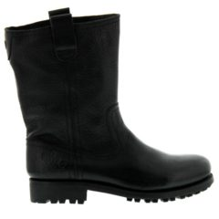 G122 - Black - Footwear and boots
