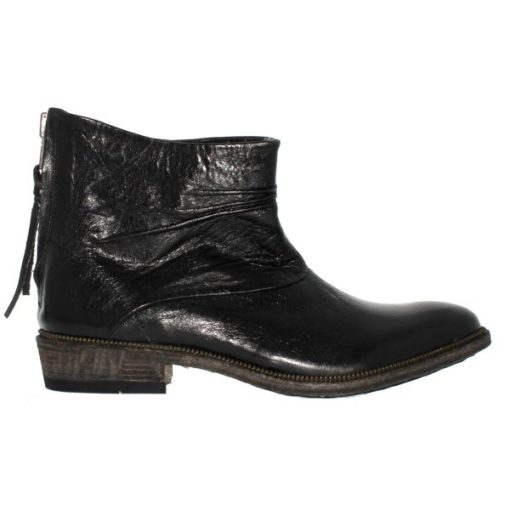 IL84 - Black - Footwear and boots from Blackstone Shoes