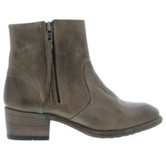 KL89 - Truffle - Footwear and boots from Blackstone Shoes