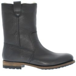 AM33 - Black - Footwear and boots